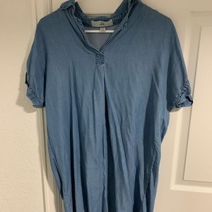 Chambray dress with collar